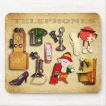 Verschiedene Telefone - alt und neu Mousepads