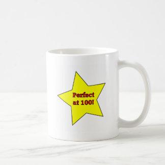 Vervollkommnen Sie bei 100! Tasse