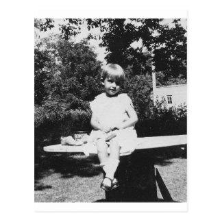 Vierzigerjahre Kindersitzen Postkarte