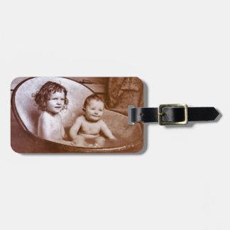 Vintage Baby-Bad-Zeit Kofferanhängern