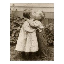 Vintage Liebe Romance, küssende Kinder, erster Kus