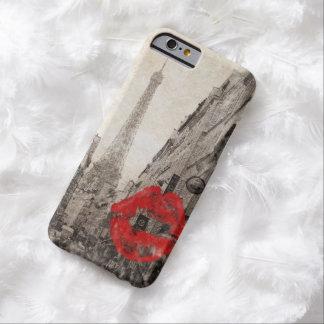 Vintage rote Lippen küssen Turm i-Liebeparis Barely There iPhone 6 Hülle