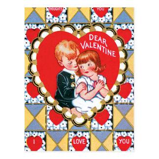 Vintage Valentine-Dreiecke und Herzen Postkarte