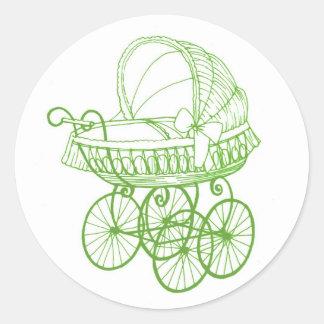 Vintager antiker Babypram-Aufkleber im Grün Runder Aufkleber