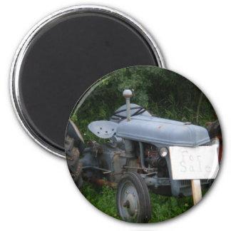 Vintager düsterer blauer Traktor Runder Magnet 5,1 Cm