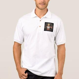 Vintager Krankenschwester-Bär mit modernen weißen Polo Shirt