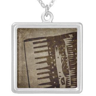 Vintages Akkordeon Versilberte Kette
