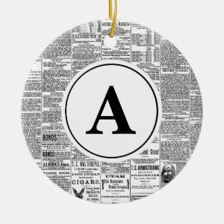 Vintages antikes Zeitungs-Monogramm Rundes Keramik Ornament