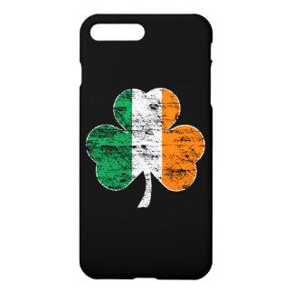 Vintages Irland-Flaggen-Kleeblatt iPhone 7 Plus Hülle