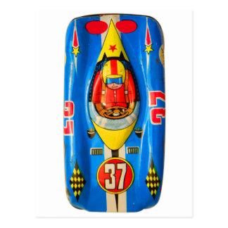 Vintages Kitsch-Zinn-Spielzeug-Rennen-Auto Postkarte