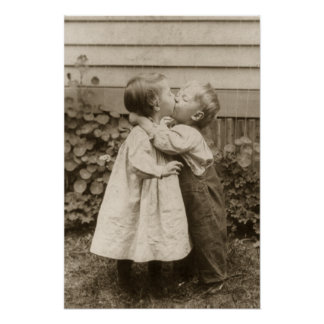 Vintages Liebe-Foto der Kinder, die in einem Poster