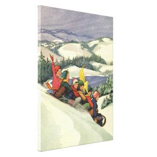 Vintages Weihnachten, Kinder, die auf einem Berg Leinwanddruck