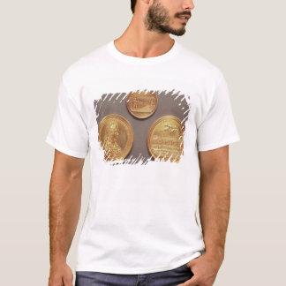 "Vorderseite = ""Les Revuen"", durch Thomas Bernard; T-Shirt"