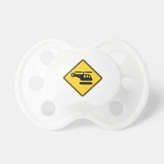 Vorsicht-Hubschrauber-Zeichen Schnuller