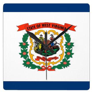 Wanduhr mit Flagge von West Virginia, USA