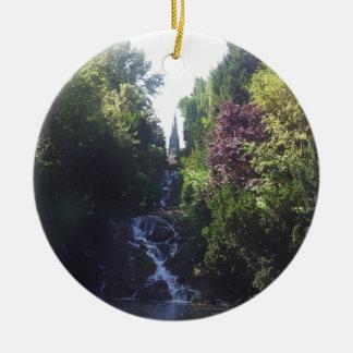 Wasserfall Viktoria Park Rundes Keramik Ornament