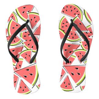 Wassermelone drehen Reinfälle um Badesandalen