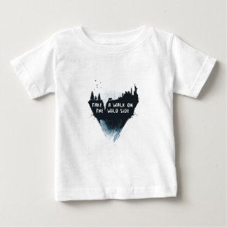 Weg auf der wilden Seite Baby T-shirt