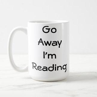 Weg gehe ich lese tasse