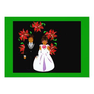 Weihnachtshochzeits-Paare mit Kranz in grün-blauem 12,7 X 17,8 Cm Einladungskarte