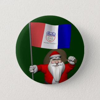Weihnachtsmann mit Fahne von Cleveland Runder Button 5,1 Cm