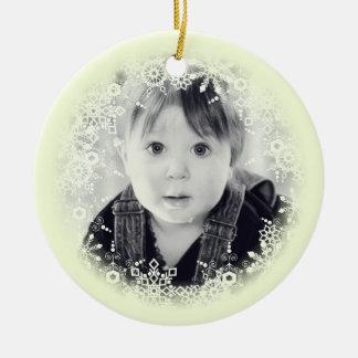 Weihnachtsverzierungs-wunderliche gelbe rundes keramik ornament