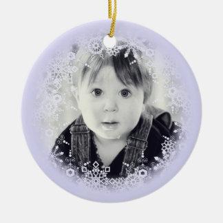 Weihnachtsverzierungs-wunderliche lila rundes keramik ornament