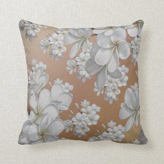 Weiße Blume sandiges Taupe Throwkissen Kissen