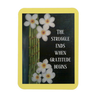 Weiße Blumen und Bambus mit inspirational Zitat Magnet