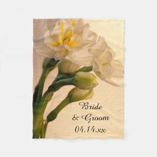 Weiße doppelte Narzissen-Frühlings-Hochzeit Fleecedecke