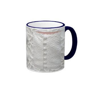 Weiße Hochzeits-KleiderTasse - kundengerecht Ringer Tasse