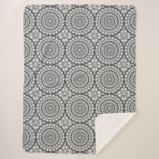 Weiße Imitat-Diamant-geometrisches Muster Sherpadecke