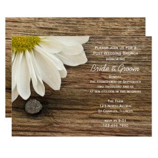 Weißes Gänseblümchen-und Scheunen-hölzerner 12,7 X 17,8 Cm Einladungskarte