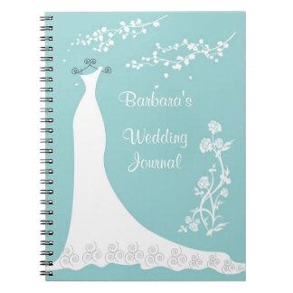 Weißes Kleid auf Aqua Hochzeits-Planer-Notizbuch Notizbücher