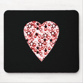 Weißes und dunkelrotes Herz. Gemusterter Herz-Entw Mauspad