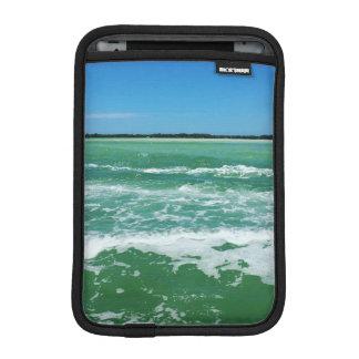 Wellen im Golf von Mexiko Sleeve Für iPad Mini
