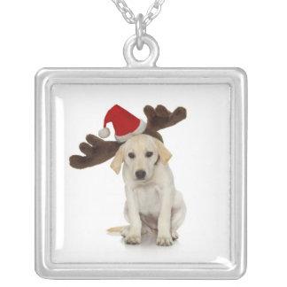 Welpe mit den Weihnachtsmannmütze-und Ren-Ohren Versilberte Kette