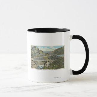 Wenatchee, WAView der Chelan Fluss-Brücke Tasse