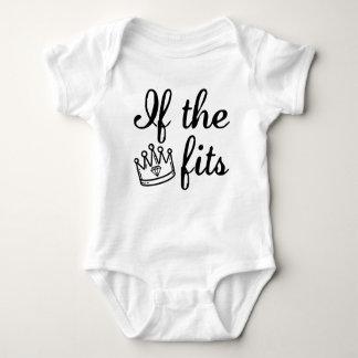 Wenn die Kronen-Sitze Baby Strampler
