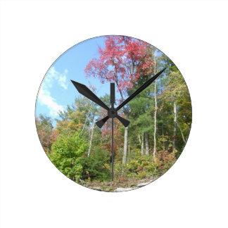 West- Virginiaherbst-Baum Runde Wanduhr