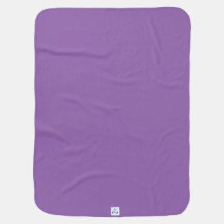 Wilde violette Blumenblätter Puckdecke
