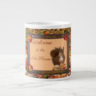 Willkommen zur Nuss-Haus-riesigen Kaffeetasse Jumbo-Tassen