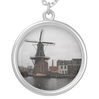 """Windmühle """"De Adriaan"""", Haarlem Halskette Mit Rundem Anhänger"""