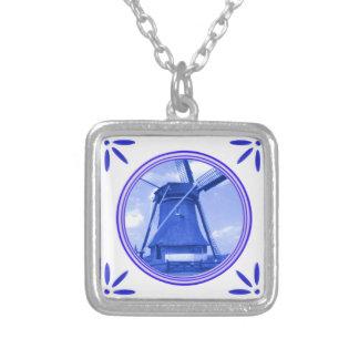 Windmühlen-Holland Delft-Blau-Fliese-Blick gedruck Halskette Mit Quadratischem Anhänger