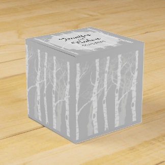 Winter-Bäume im grauen Gastgeschenk Geschenkschachtel