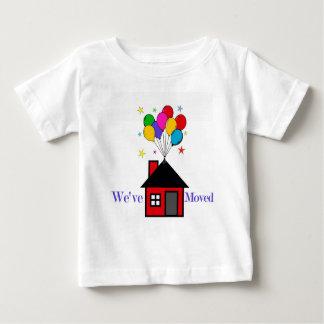 Wir haben neues Zuhause bewegt Baby T-shirt