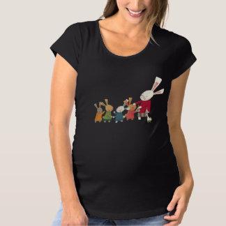 Wir sind Kaninchen-Familie - entzückende Häschen Umstands-T-Shirt