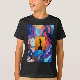 Wirbelwind-Freiheitsstatue T-Shirt