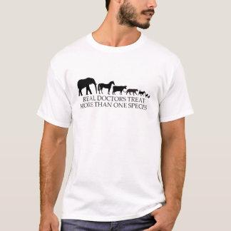 Wirkliche Doktoren (Tierärzte) Leckerei mehr als T-Shirt