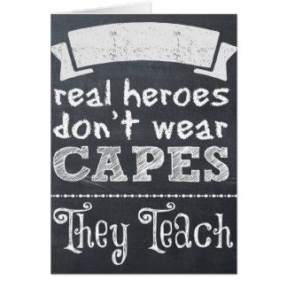 Wirkliche Helder tragen nicht Kape, die sie Karte